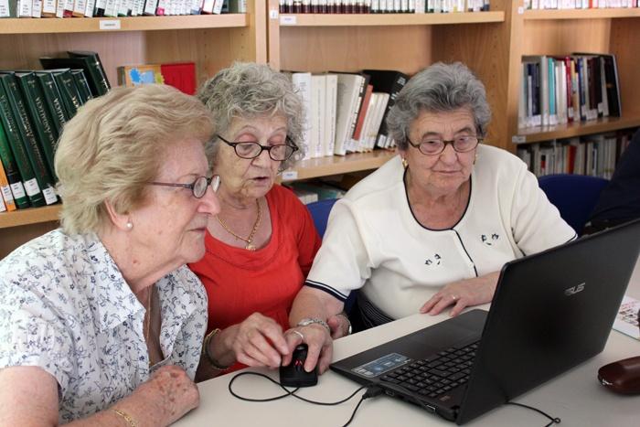 Como desarrollar una sesión de alfabetización digital para mayores