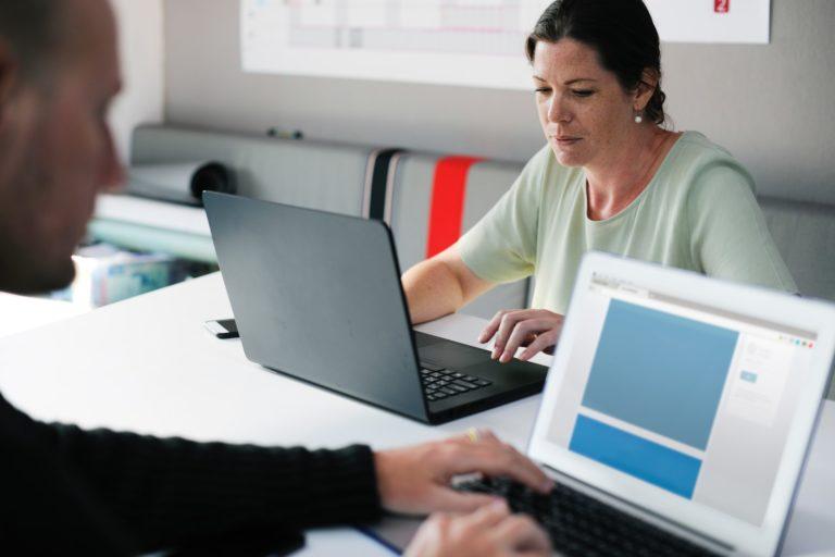 RuralTIC disminuye la brecha digital en Sierra Norte de Sevilla