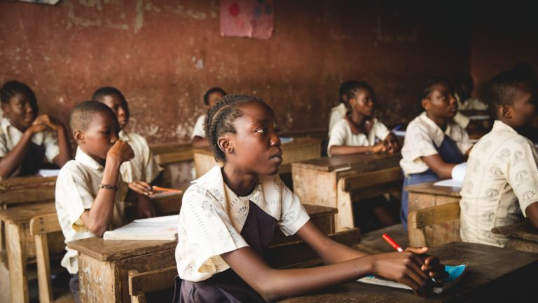 Razones para invertir en educación rural